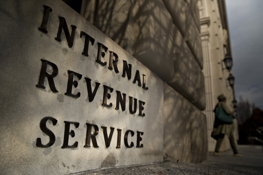 Internal-Revenue-Service-2-Bloomberg-News