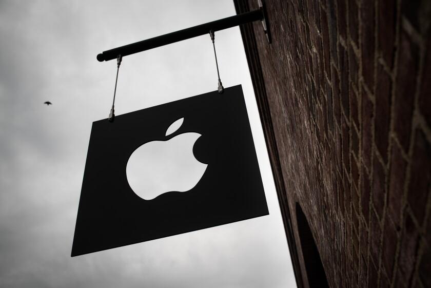DI-AppleStore_05302017