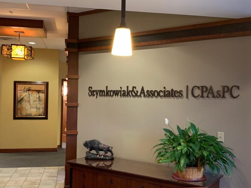 szymkowiak-associates-lobby.jpg
