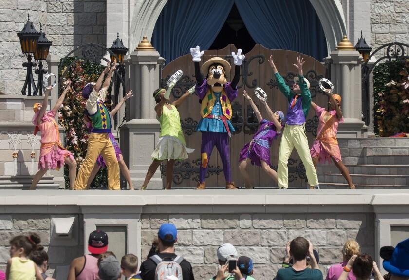 Disney.Workers.Bloomberg.10.12.jpg
