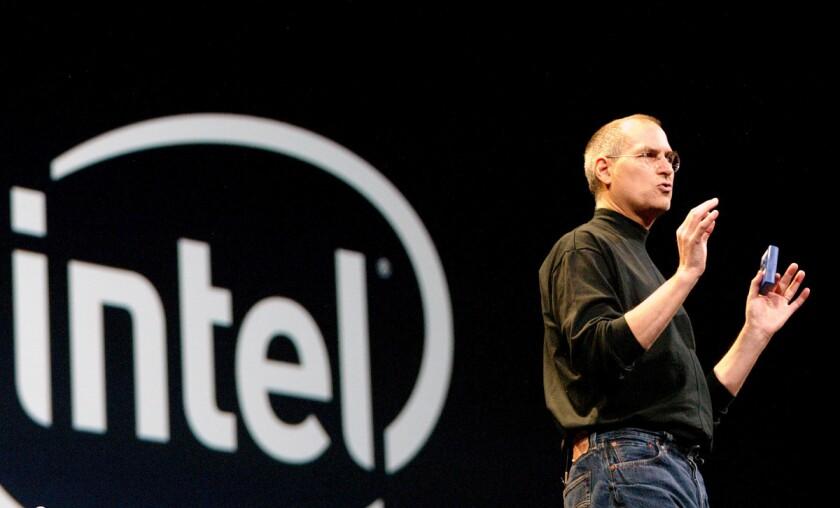 Intel and steve jobs.jpg