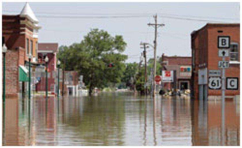 200806189m8tsyfy-1-0619mississippi-flooding-newscom4c.jpg