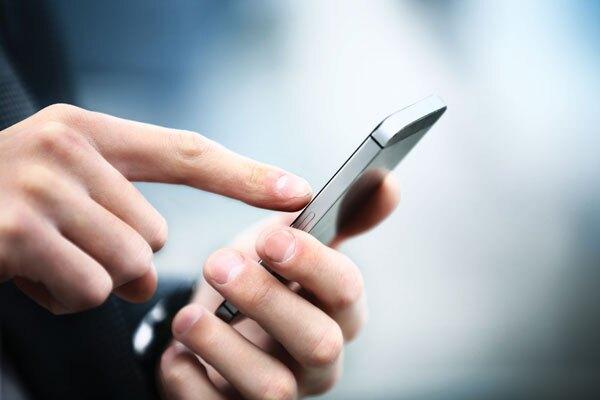 mobile-cellphone-IAG