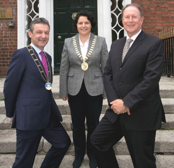 IIPA President John McCarrick (left) with CPA Ireland President Deirdre Kiely and CPA Ireland CEO Eamonn Siggins