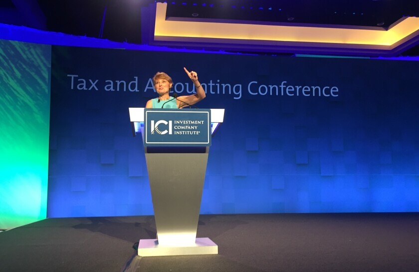 DS Economics President Diane Swonk was a keynote speaker at ICI's 2017 Tax and Accounting Conference in San Antonio.