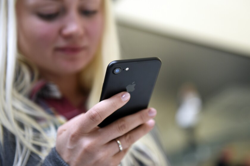 iphone cell phone technology