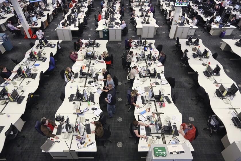 call-center-open-office