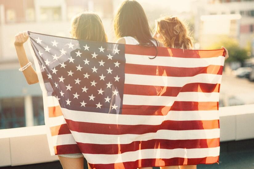 4-us-flag-immigrat-i9.jpg