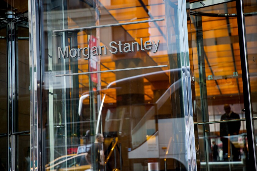 Morgan Stanley agreed to sell a business that administers its alternative investment feeder funds to iCapital, a financial-technology firm run by a former Goldman Sachs banker.