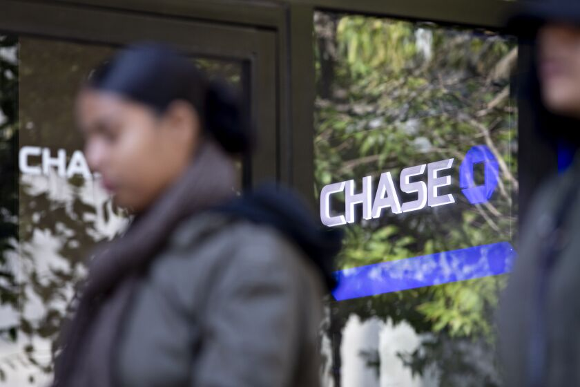 Chase Banks Ahead Of Earnings
