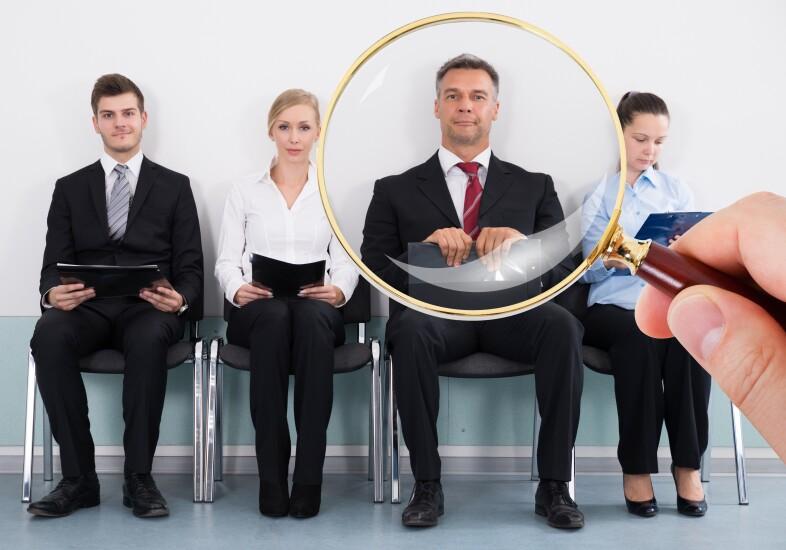 Job-candidates-live-man