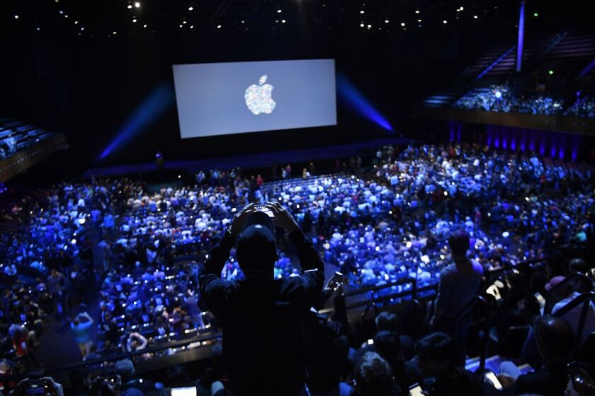 apple conference two.jpg