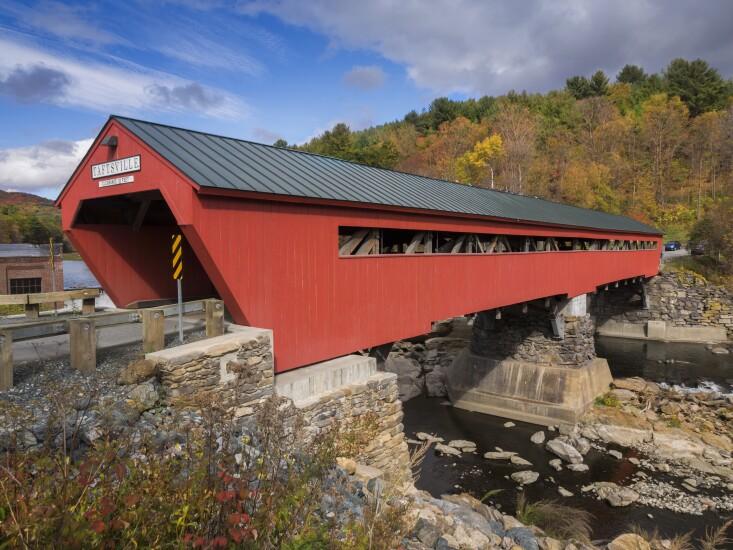 07-coveredbridge-vermont-adobe.jpeg