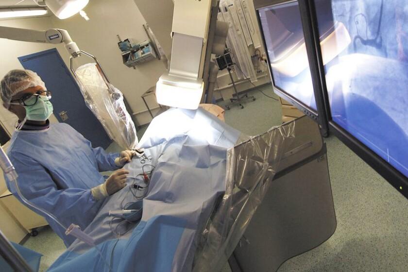 Coronary-angiography-CROP.jpg