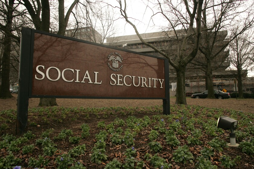 Social-Security-sign-iag-2016