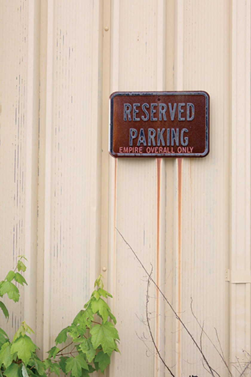 empire-overall-parking-sign-2016
