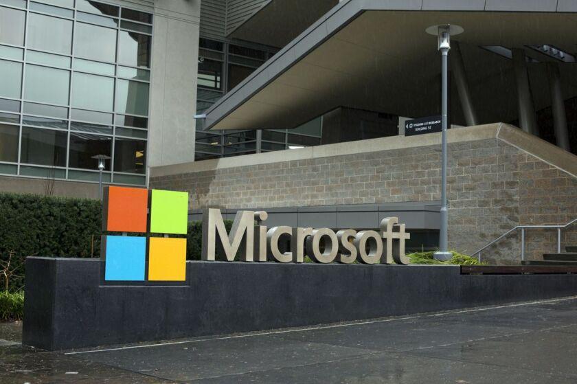Microsoft looks to cloud.jpg