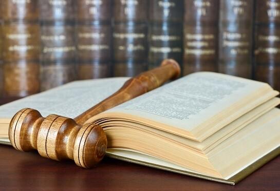 court-gavel-divorce-