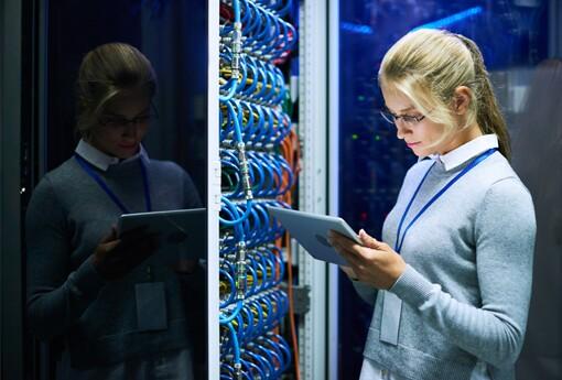 SQ-server-database-administrator.jpg