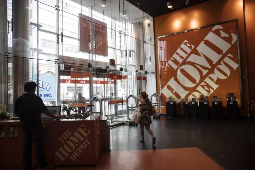 HomeDepot.Bloomberg.2.20.18.jpg