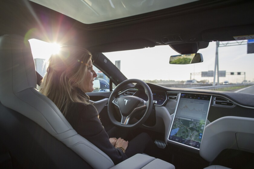 driverless eight.jpg