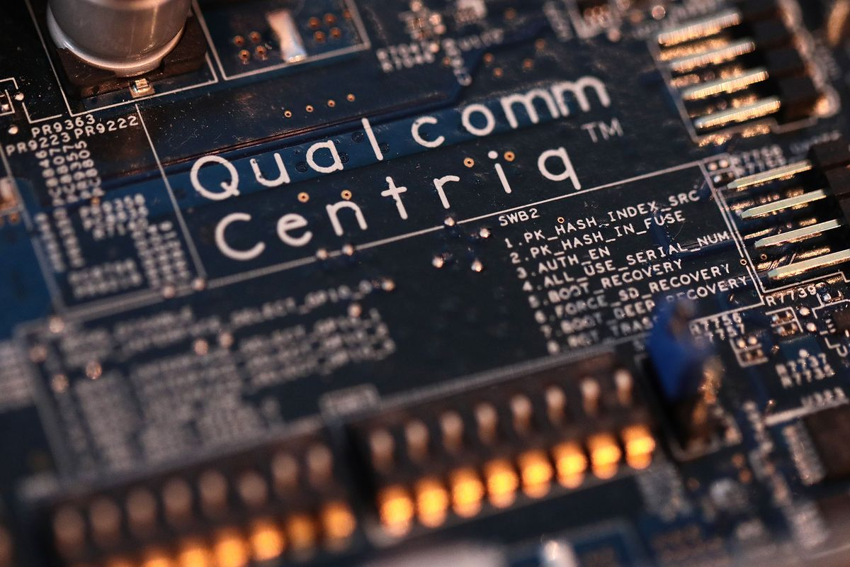 Qualcomm redoubles effort to enter PC market with new chip